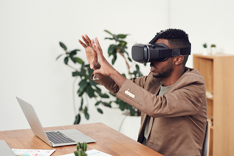 A Man Trying VR Shopping