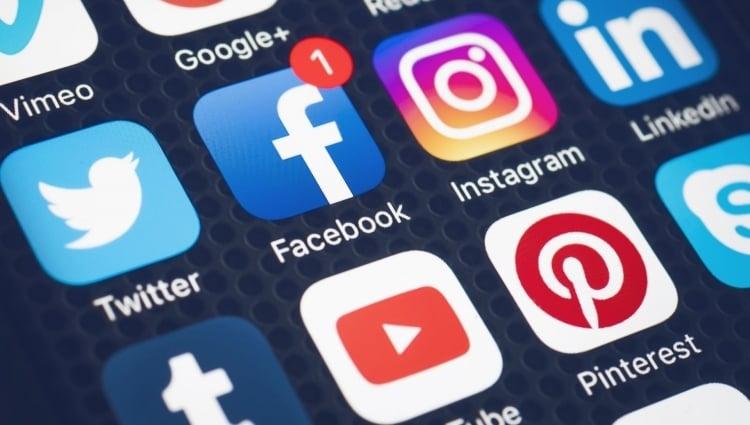 Promotion online: Social networks
