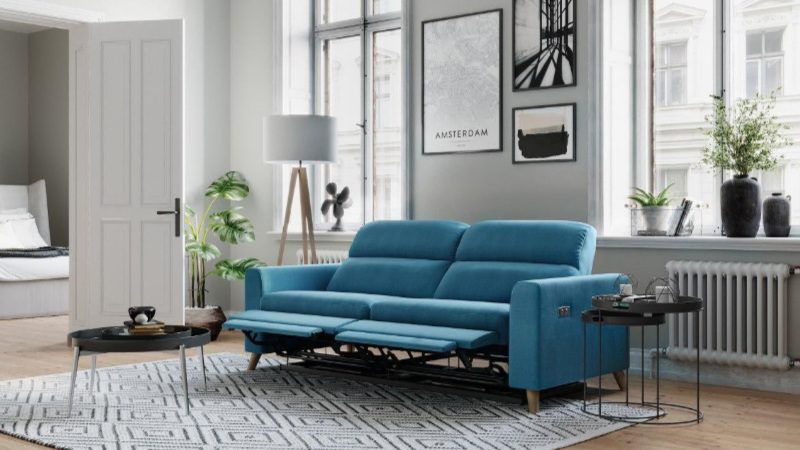 A How-To Animation with 3D Model of the Couch Created with the Latest 3D Rendering Technology
